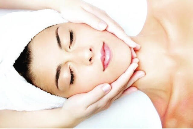 WIN 2 DELUXE MICRODERMABRASIONS + SKIN CONSULTATIONS AT OOH LA LA BEAUTY BOUTIQUE IN GLENELG!
